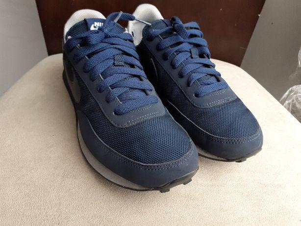Buty Nike Internationalist rozm. 38 do biegania spacer miasto biura