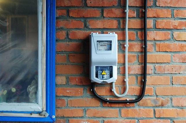Официальная замена кабеля в дом в Бердянске и по району.