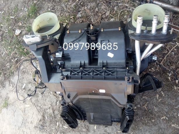 Печка, Радиатор, Корпус печки взборі Bmw e36/e38/e39/X5 e53