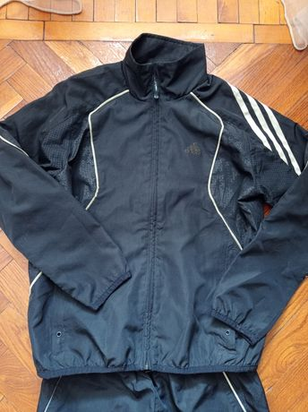 Спортивный костюм Adidas р. 140