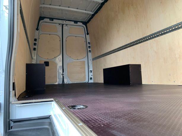 Zabudowa busa furgonu Renault Master L4H3 zabudowa sklejka