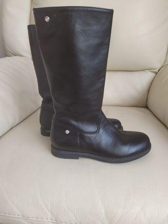 Чобітки (чоботи , ботинки ) італійські осінні для дівчинки шкіряні