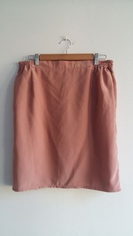 Spódniczka 40 L różowa elegancka