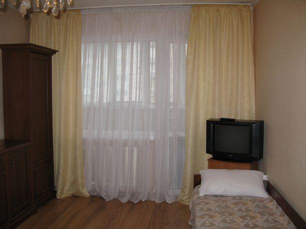 Сдается хорошая комната, м. Харьковская, для 1 дев. или 1 парня.