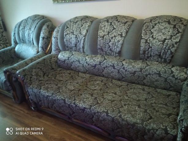 Продам діван і два крісла