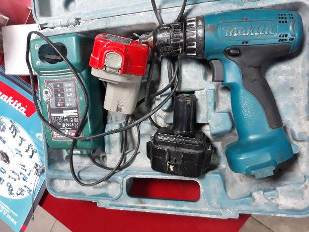 Wkrętarka akumulatorowa Makita 6270D komplet