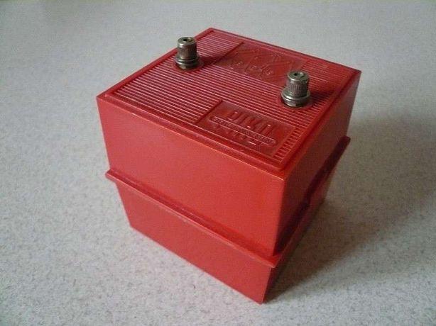 PIKO - Oryginalny pojemnik na baterie. Nowy.