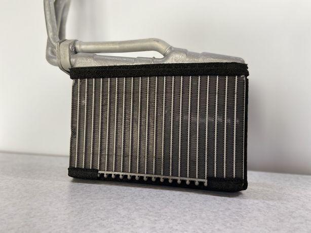 Радиатор Печки на БМВ Е39 е39 Рестайлинг 530 520 Радіатор Печі Шрот