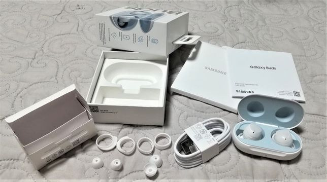 Наушники Samsung Buds +