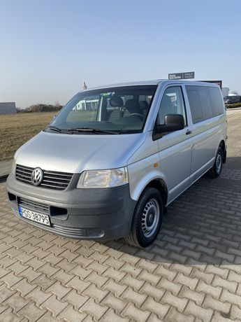 VW Transporter T5 - 9 osobowy