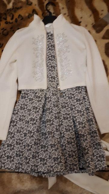 Продам платье с пиджаком