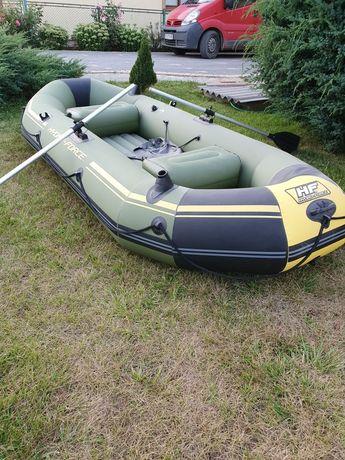 Лодка нова. Надувна