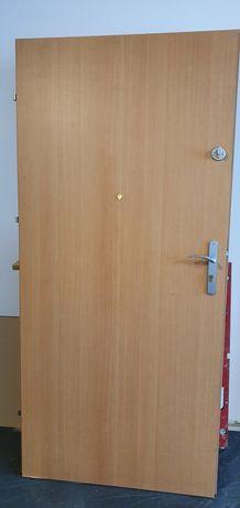 Drzwi zewnętrzne Porta z certyfikatem  ISO 9001