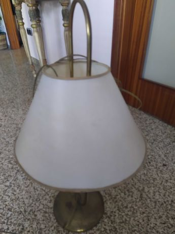 Candeeiro de mesa