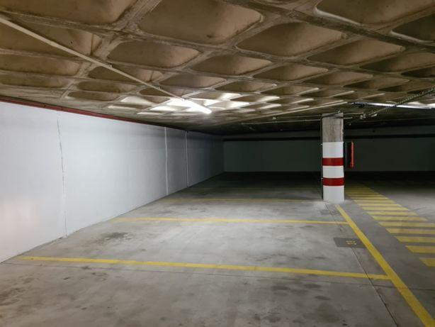 Arrendo Lugares de Garagem Porto - Ramalde