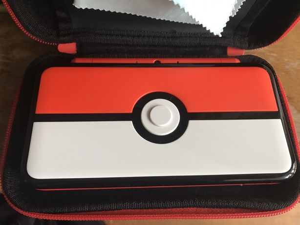 New nintendo 2ds xl pokemon pokeball
