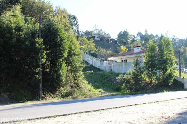 Terreno para construção de moradias em Riba de Ave