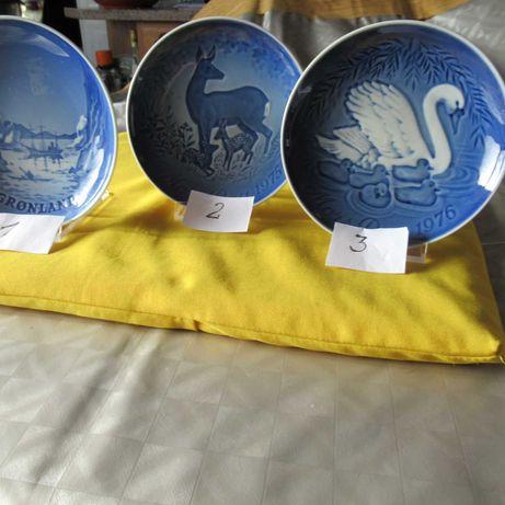 3 pratos em porcelana da Bing Groendhal Dinamarca c/15cm