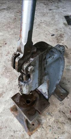 Prasa Praska zakuwarka napownica montażowa wciskarka wyciskarka