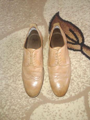 Оригінальні шкіряні туфлі португальські