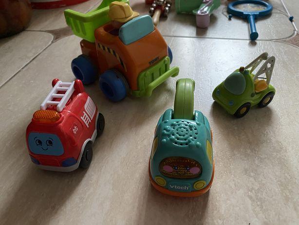 Фирменные игрушки для самых маленьких Машинки