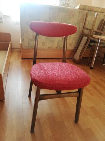 Krzesła PRL hałas, odnowione nowe obicia