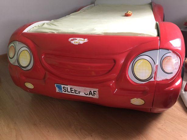 Łóżko dzieciece samochod