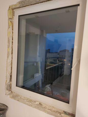 Okno z demontażu białe