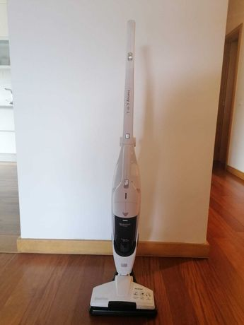 Aspirador vertical sem fios 2 em 1, Nilfisk Handy 25.2V LI-ION MW