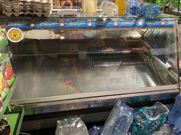 Продам холодильную витрину Cold б/у 1,2 м-2 шт