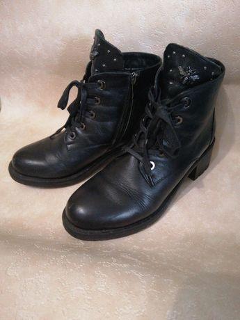 Ботинки кожаные осень-зима.