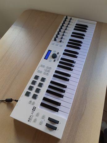 Teclado controlador MIDI Arturia KeyLab Essential 49