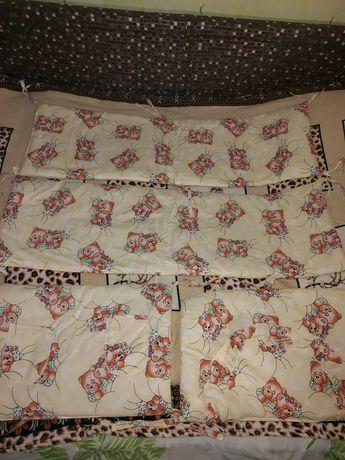 Продам защитные бортики в кроватку
