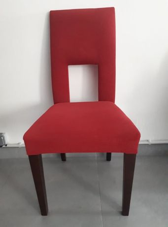 Cadeiras estilo contemporâneo.