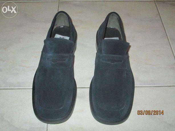 Sapatos camurça azul nº39 sem uso