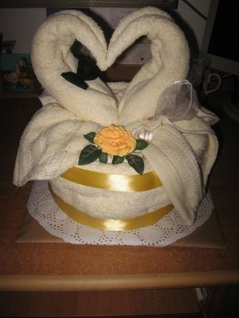 Tort z ręczników z łabędziami Ślub, Jubileusz itp.