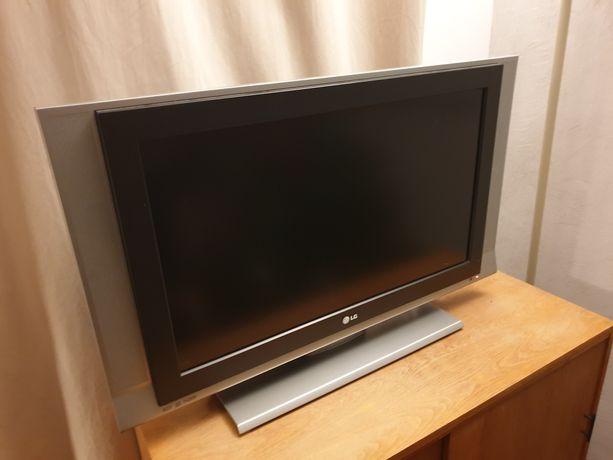 "Telewizor 32 "" LG 32LC3R-ZJ"