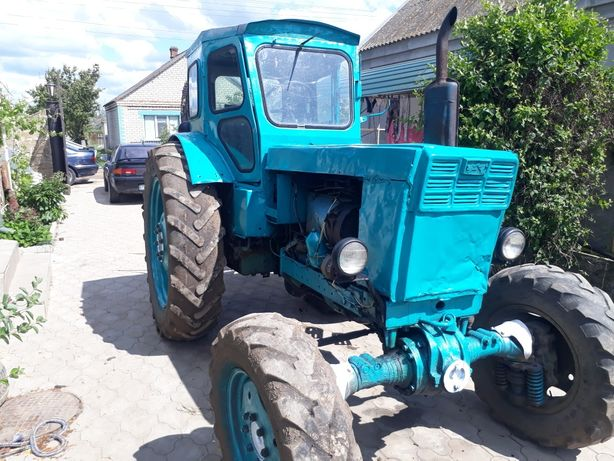 Продам трактор т 40 полный привод! Документы в порядке