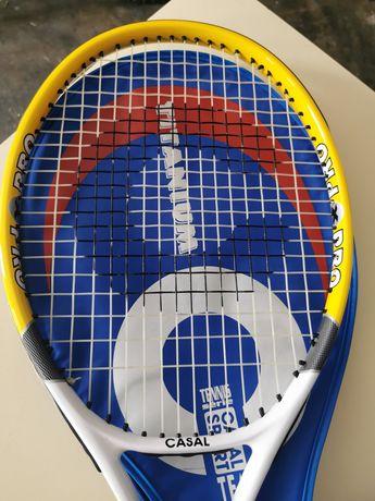 Raquette de tennis - Casal Sport - titanium