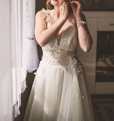 Delikatna sukienka ślubna roz. 36-38