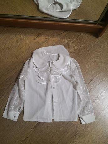 4 блузки 2 спідниці