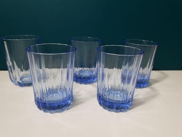 Niebieskie szklanki Prl