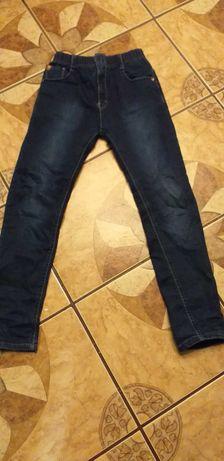 Spodnie jeansowe na gumce dla chłopca r.152