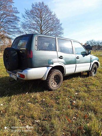 Продам Nissan Terrano 2,7