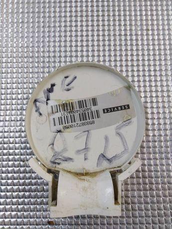 Декоративная крышка сливного насоса стиральной машины Whirpool AWE