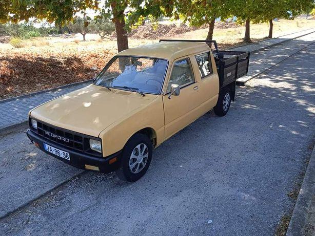 Vendo ou troco bet ford Pick-up  IPO em dia Km 208  5 lugares  Motor I