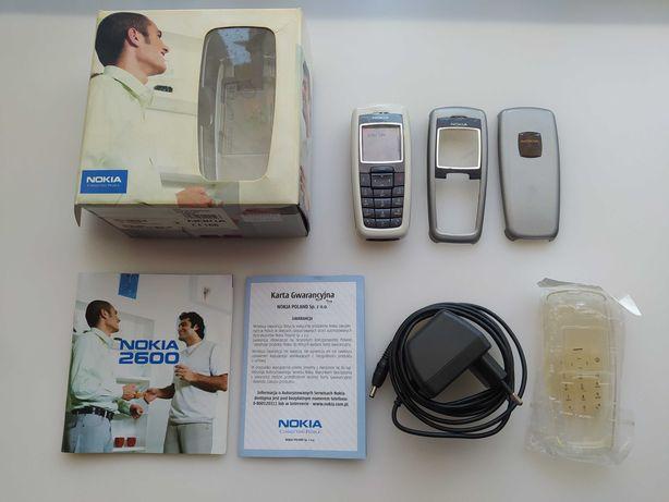 Nokia 2600 BOX + Dodatkowe obudowy i klawiatury