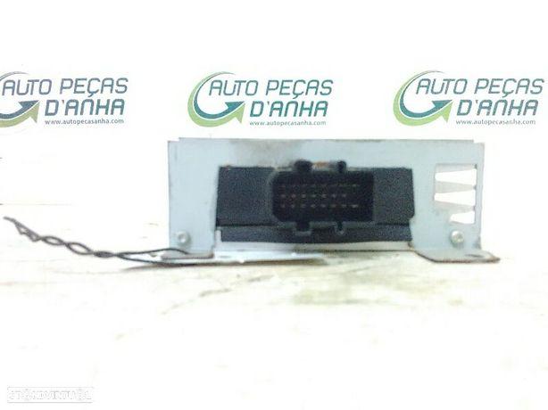 Amplificador De Rádio Audi A4 (8E2, B6)