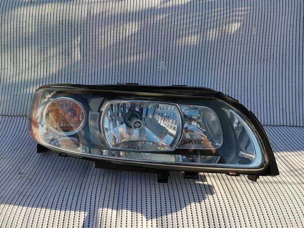 Lampa Prawa Volvo lift V70 S60 Xenon Europa ładna