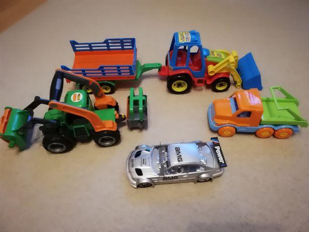 Zabawki traktor, samochód z napędem, przyczepa, wywrotka